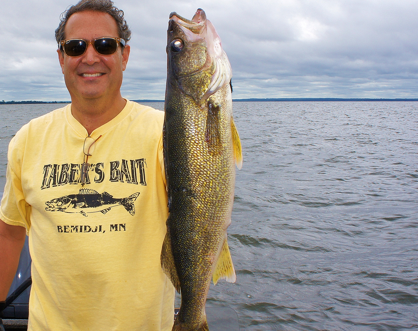 Pelican lake fishing guides leisure outdoor adventures for Minnesota fishing charters